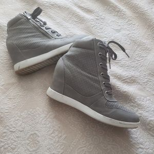 Women's Shoe Dazzle high top sneakers.